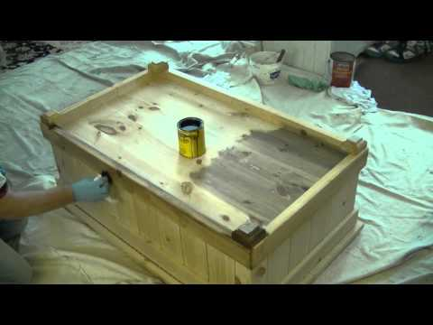 How To Stain Pine Furniture ( Solvent based Stain )