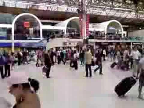London - Victoria Station