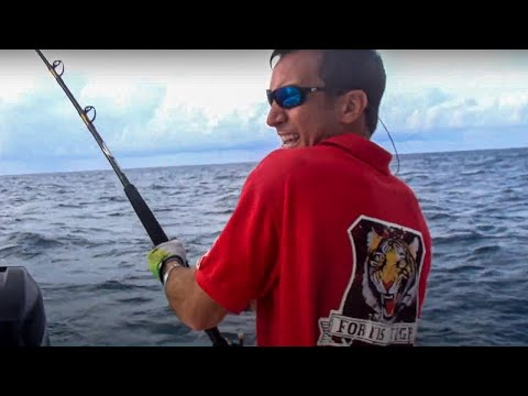 Barracudda on the High Speed Troll - Fishing Miami