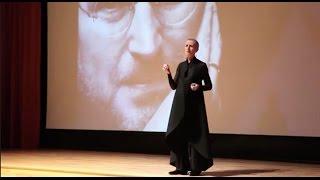 The art of being yourself | Caroline McHugh | TEDxMiltonKeynesWomen