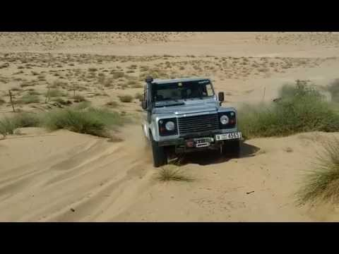 Land Rover Owners UAE climbing sand dunes