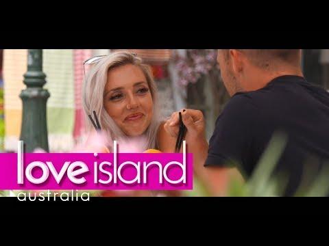 'You're making me blush'   Love Island Australia 2018