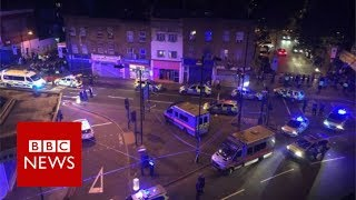Finsbury Park Mosque: Man dies as van hits pedestrians - BBC News