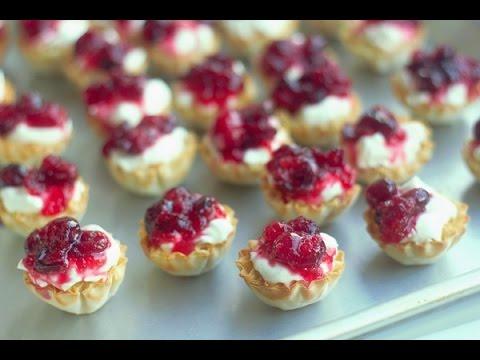 Mini No-Bake Cranberry Cheesecake Tarts