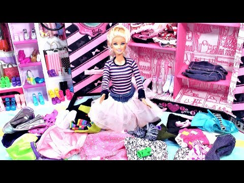 Barbie dream house pink bedroom Barbie doll closet clean up clothes dress up  बार्बी गुड़िया