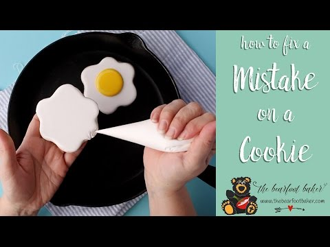 Fix a Mistake in Your Royal Icing
