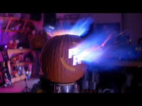 S02E20 - Halloween Pumpkannon