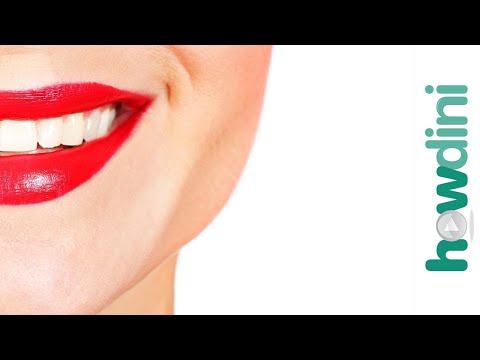 4 Secrets to Long Lasting Lipstick: Howdini Hacks
