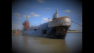 Soviet Submarine on the River Medway. Inside was a Suprise!