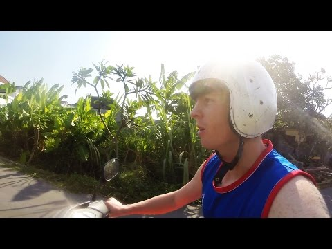 Renting A Scooter In Bali / Jordan Simons Daily Vlog