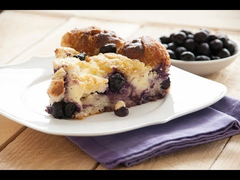 Blueberry Cream Cheese Pull Apart