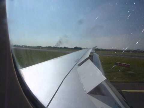 Swiss Air Airbus A321 landing into Dublin Airport