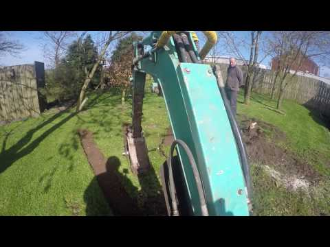 Turf removing with disc bucket on mini/micro digger