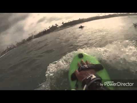 Bodysurfing Handplane wave riding