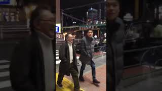 DV男が女性を引きずり下ろす衝撃映像