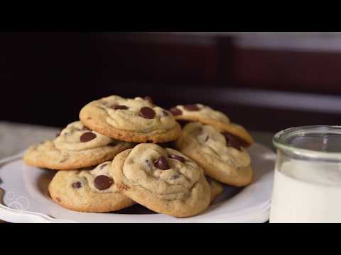 The Best Classic Chocolate Chip Cookies