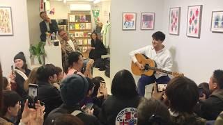 Download 20190404 Ezra Koenig LIVE Performance - Tokyo Video
