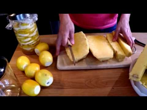 Easy Homemade Digestive Enzyme with Pineapple and Lemon