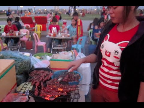 Cambodian Street foods grilled beef at the riverside park, Phnom Penh city