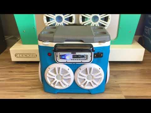 28qt Cooler Radio Ice Chest Radio 4-180 Watt Speakers 240 Watt Amp
