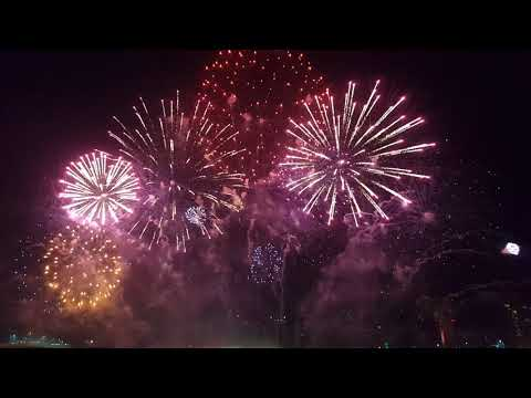 Stunning Firework Show at The Galleria Mall, Abu Dhabi | Chinese New Year