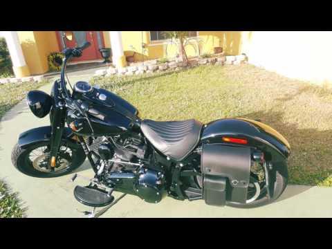 2016 Harley-Davidson Softail Slim S Motorcycle Solo Bag Review - vikingbags.com