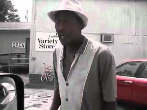 Homeless man sings exactly like Michael Jackson (You are not alone)