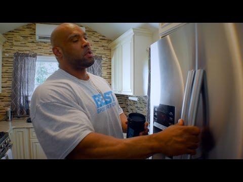 300lb Bodybuilder Juan Morel, Full Day of Eating, 10,965 Calories!