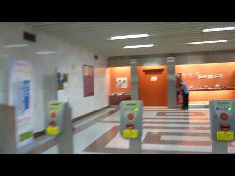 http://www.athenswalk.net Metro Acropolis  Athens