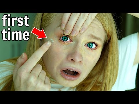 Putting Contact Lenses in for the First Time! 👁 *painful*
