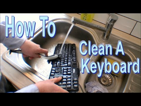 How To Clean a Keyboard in like 5 minutes - 146