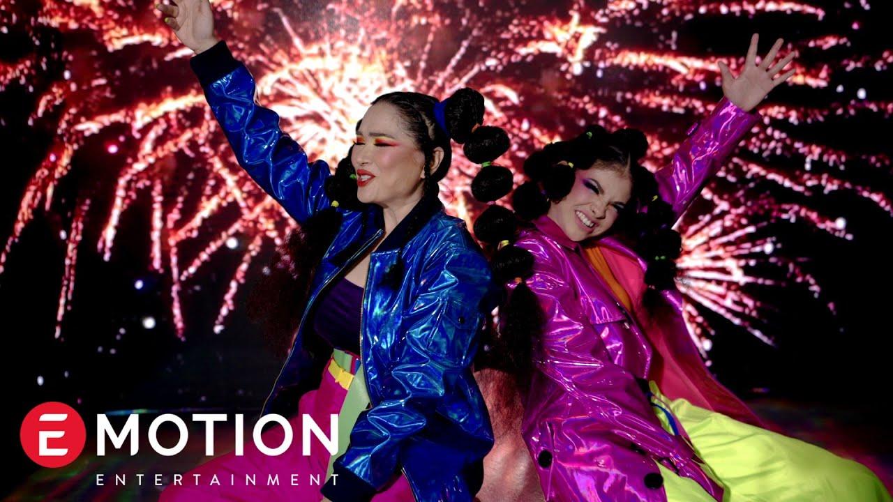 Download Titi DJ Feat. Sara Fajira & Eka Gustiwana - Show Off Your Colors (Official Music Video) MP3 Gratis