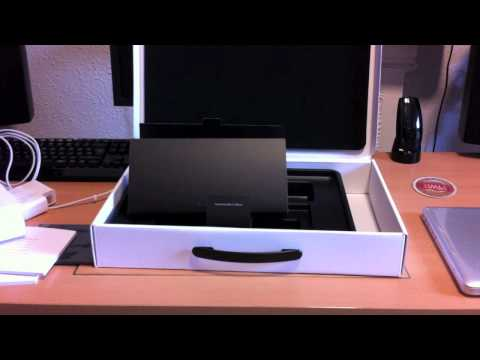 2011 MacBook Pro 15-inch Core i7 with SSD - Unboxing