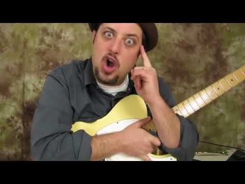 STOP!!!!    Learn this Tasty Blues Lick (Key of D)