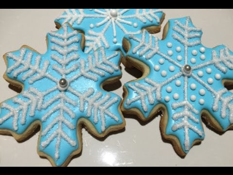 Snow Flake Cookies For FROZEN Themed Party
