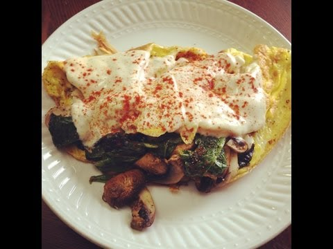 How to cook a Cheesy Mushroom and Spinach Omelette