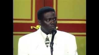 """Bernie Mac """"Differences Between Black & White People"""" Kings of Comedy Tour"""