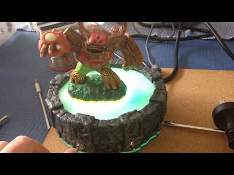Skylander Portal Light Hack