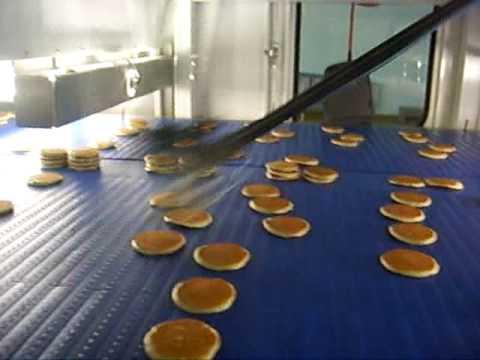 Flexpickers stacking pancakes