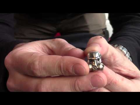 GD Skulls Bead Gas Mask