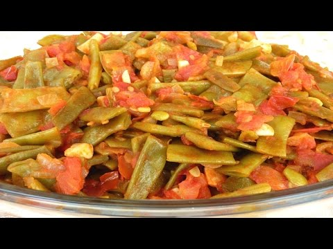 How to Make Loubieh Bzeit (Green Beans in Olive Oil)