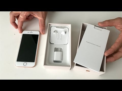 iPhone 8 Unboxing (Gold)