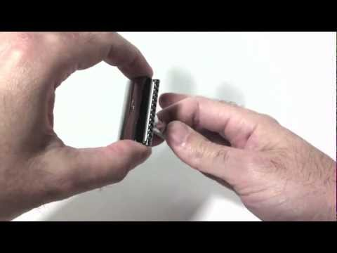 How to change blades on a Merkur 180 Long DE Safety Razor