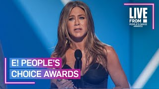 """Jennifer Aniston Pays Tribute to """"Friends"""" in Iconic PCAs Speech 