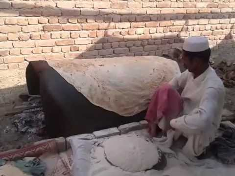 Have you ever seen such a big and thin bread (chapati) with Shadi Mubarak writing on?