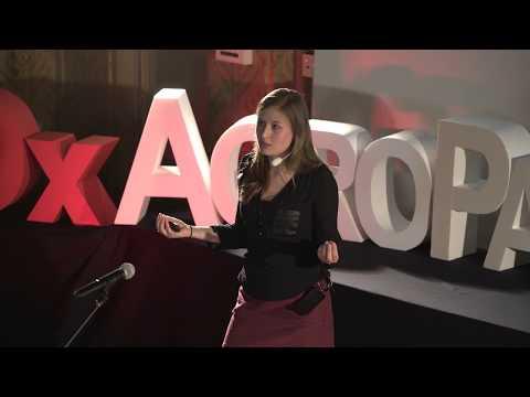 les mystères de notre empreinte parentale | Juliane Glaser | TEDxAgroParisTech