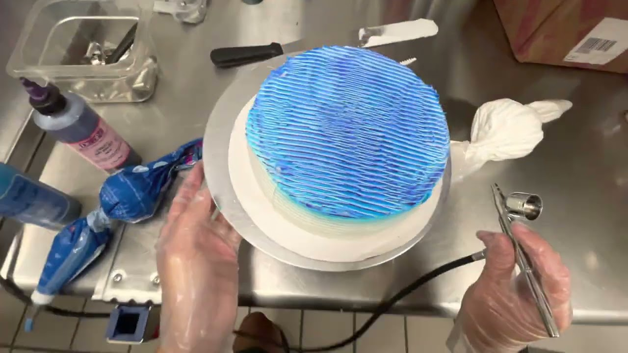 Two Tone Air Brush Cake