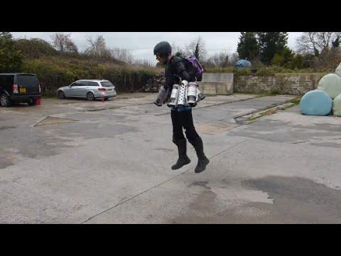 Mini jet engines power this flight suit