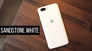 Sandstone White OnePlus 5T!