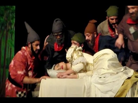 Snow White & the seven dwarfs by GCCS students 2017